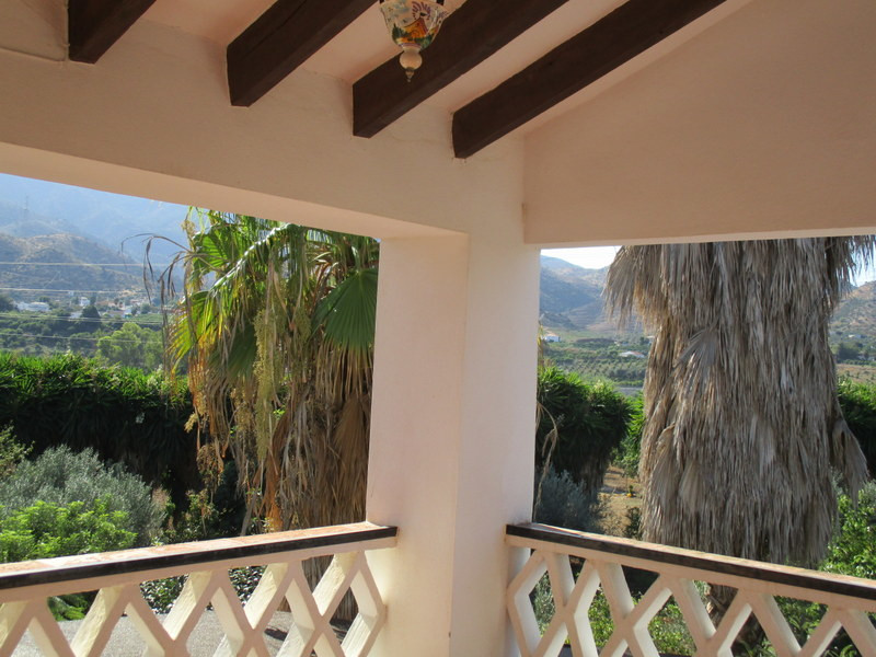House in Alora R3291688 23