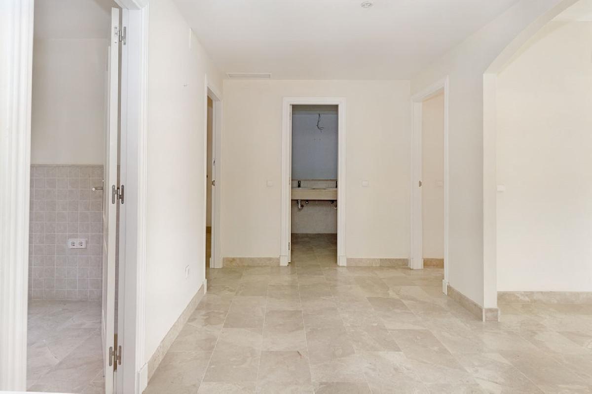 Appartement te koop in Estepona R3921466