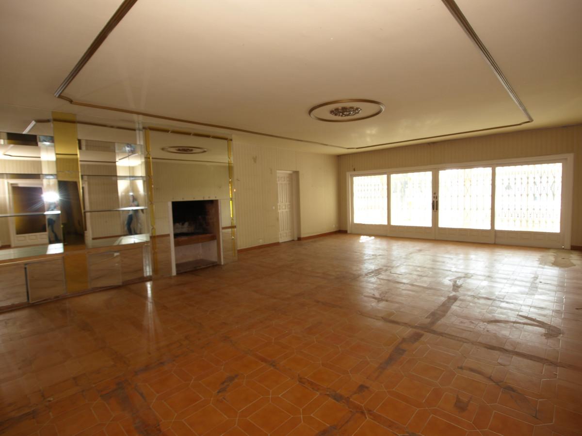 13 Bedroom Detached Villa For Sale Estepona