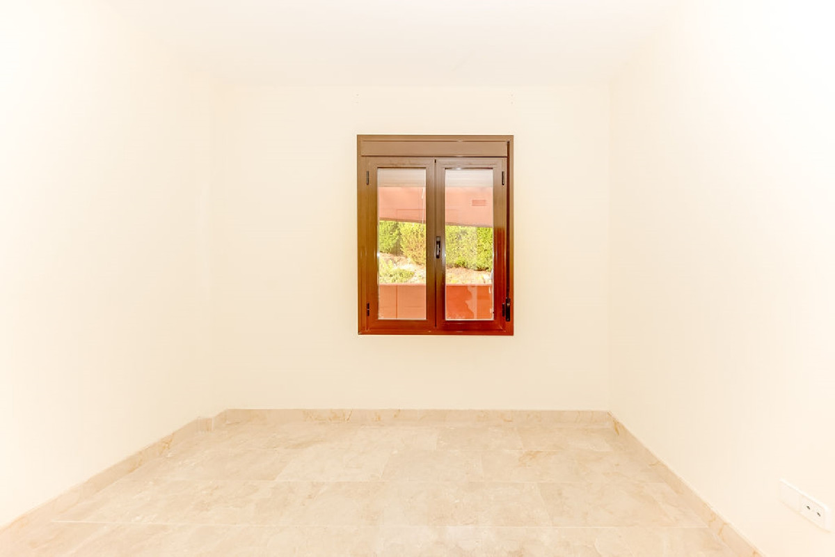 Appartement te koop in Estepona R3921514