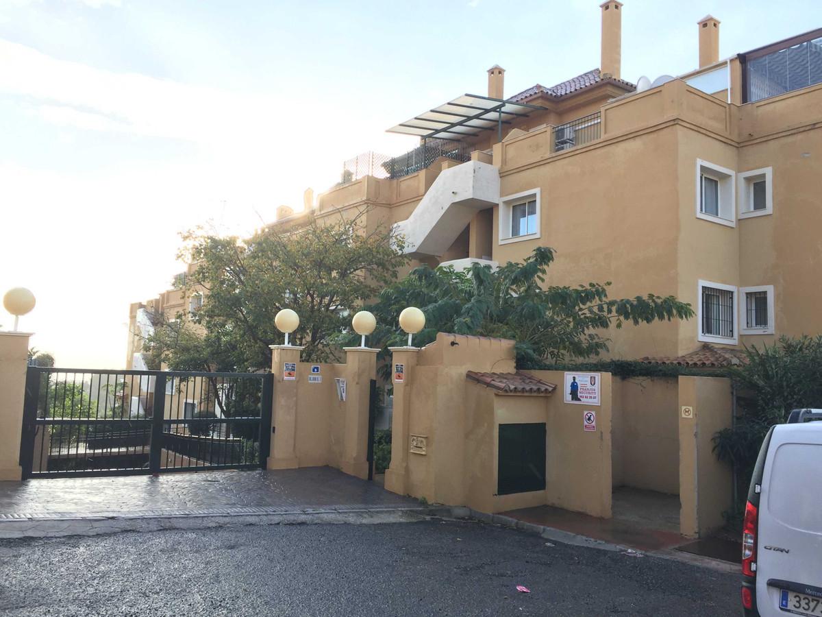 Property located in Mijas, Malaga, Costa del Sol. Bank repossession apartment of 105m2 built. Consis,Spain