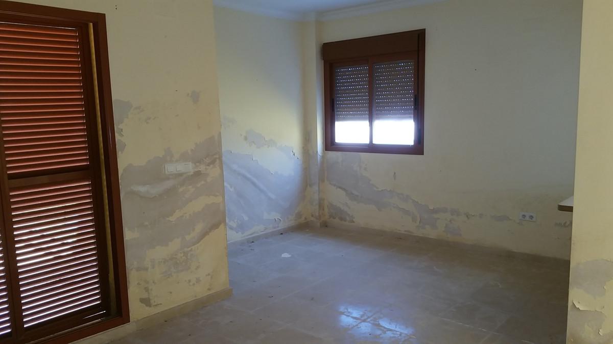2 Bedroom Apartment for sale Manilva