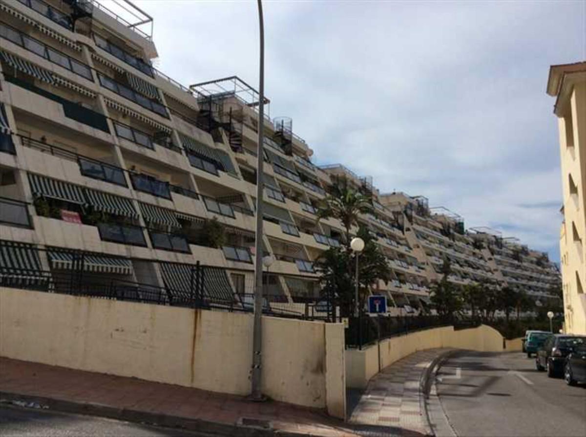 Apartment for sale in Torrequebrada details