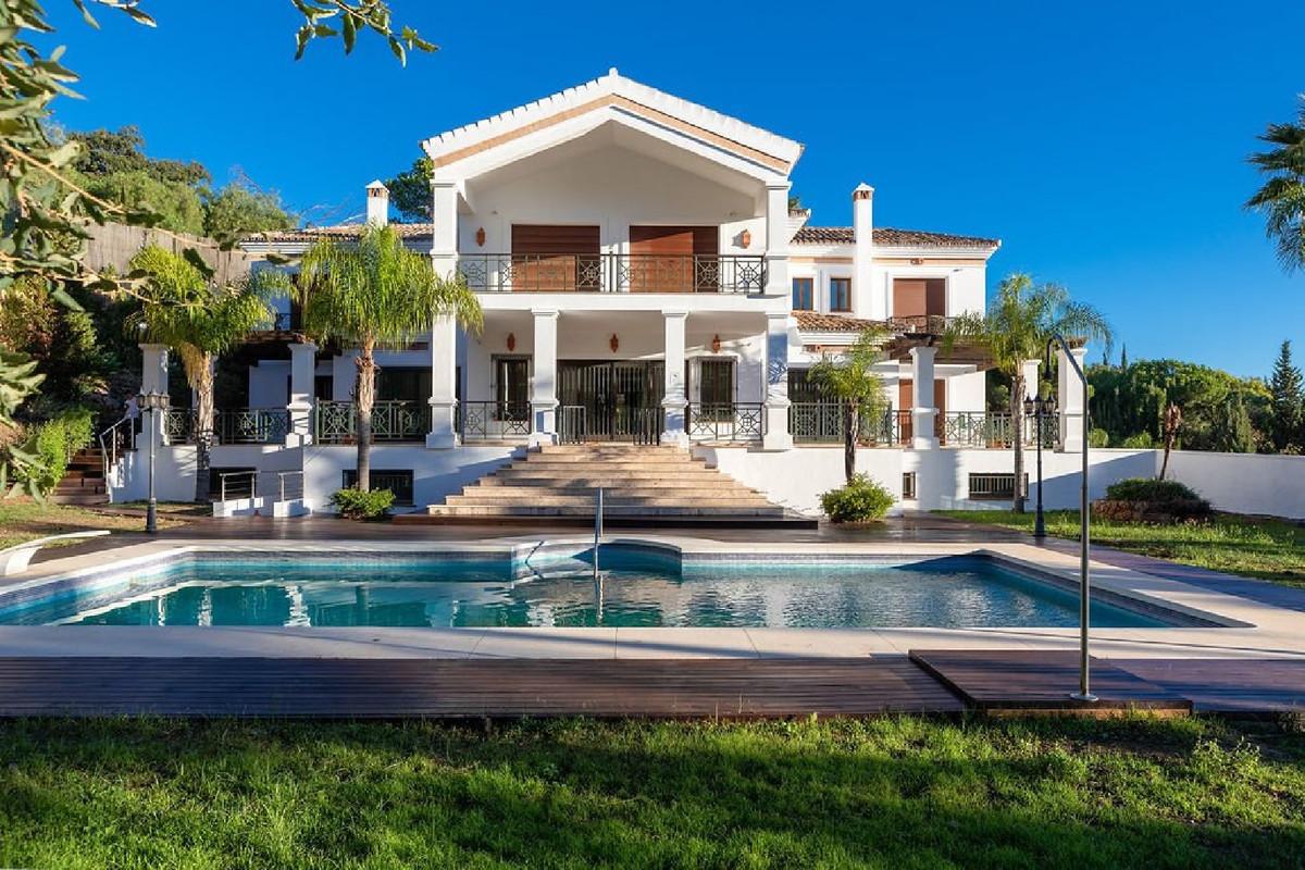 8 Bedroom Villa For Sale in El Madroñal - El Madroñal, Benahavis
