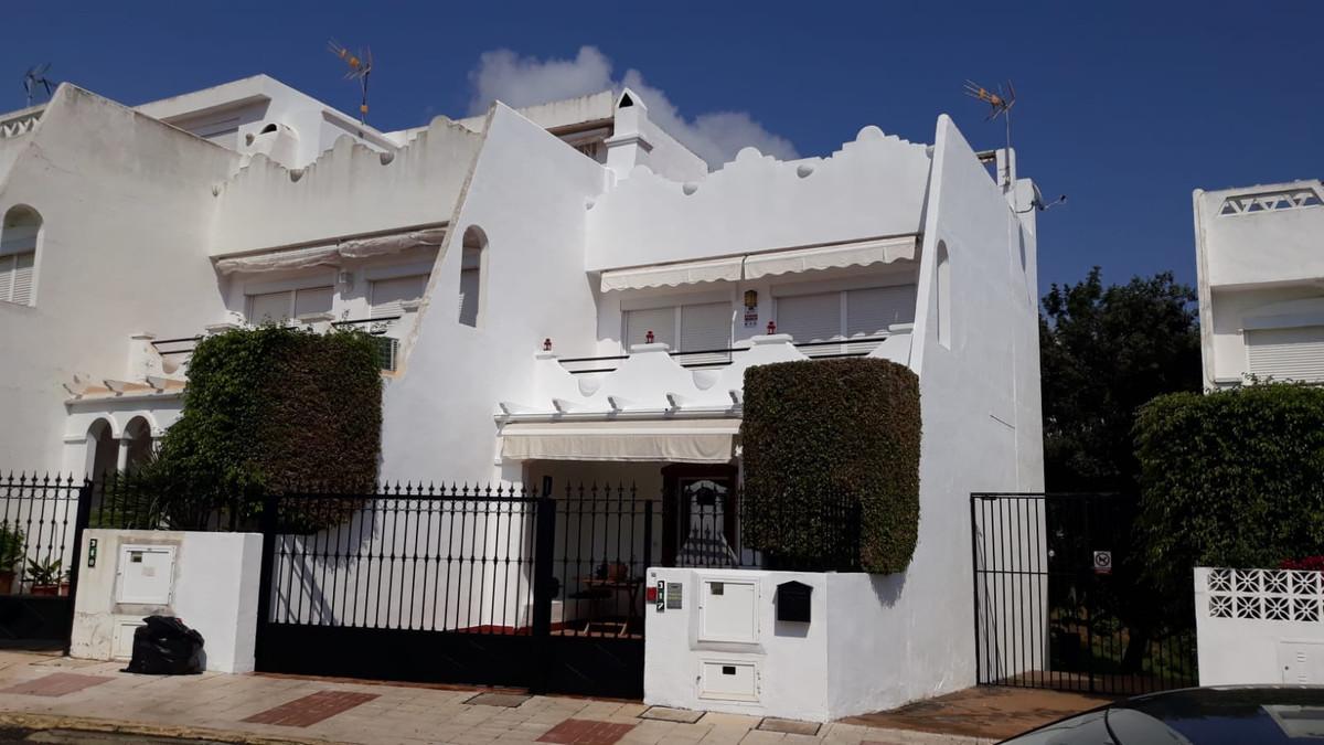 Townhouse for sale in Reserva de Marbella details
