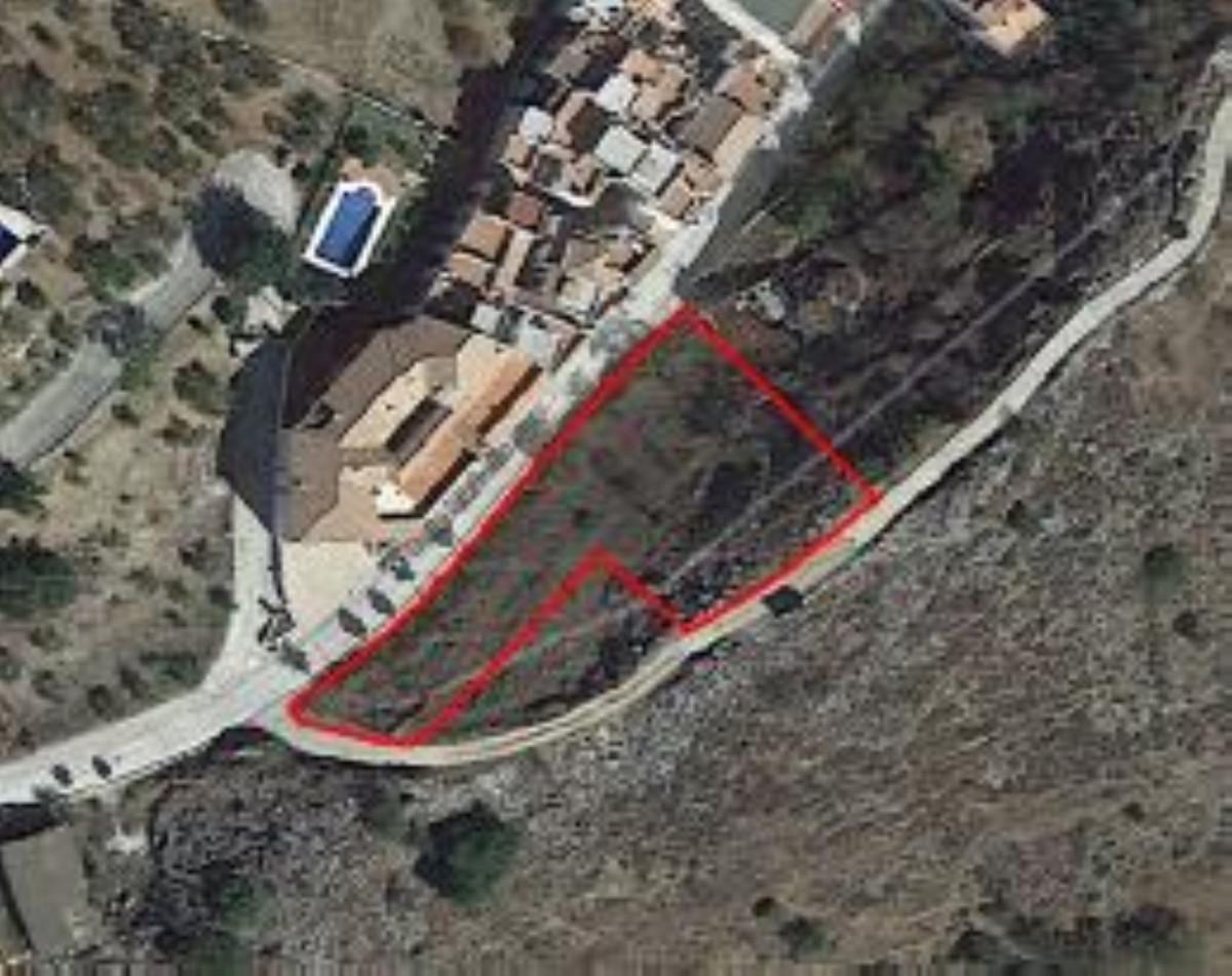 Residential Plot in Monda R3446383