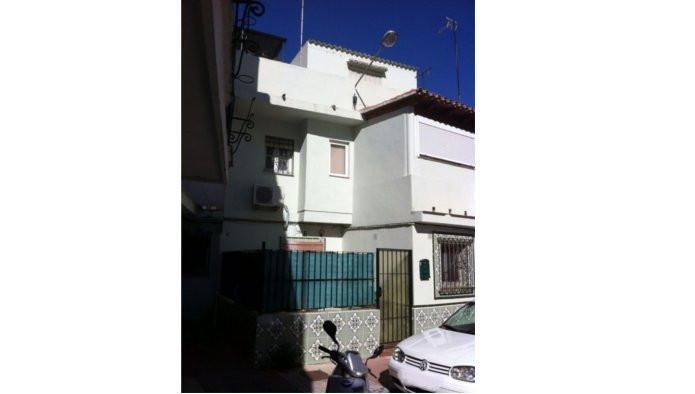 Property located in San Pedro de Alcantara, Marbella, Malaga, Costa del Sol. Bank repossession townh,Spain