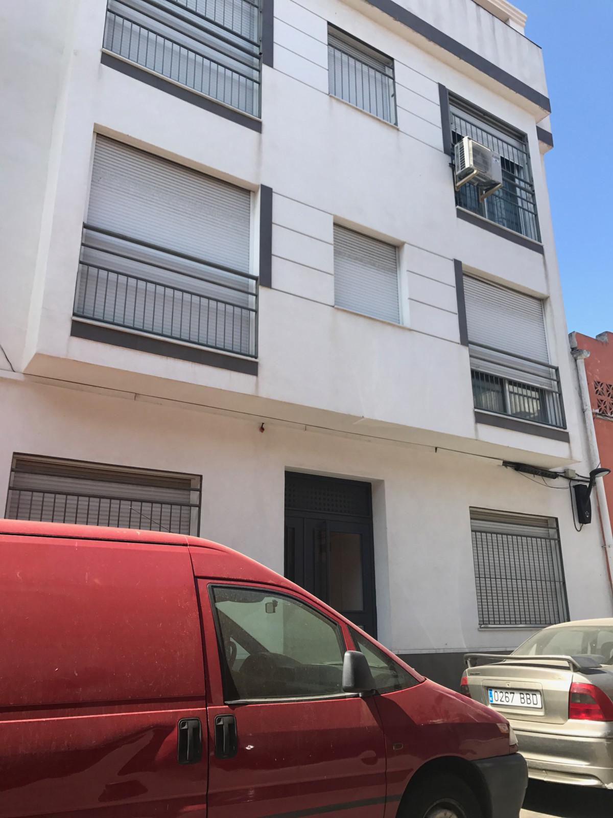 Apartment for Sale in Las Lagunas, Costa del Sol