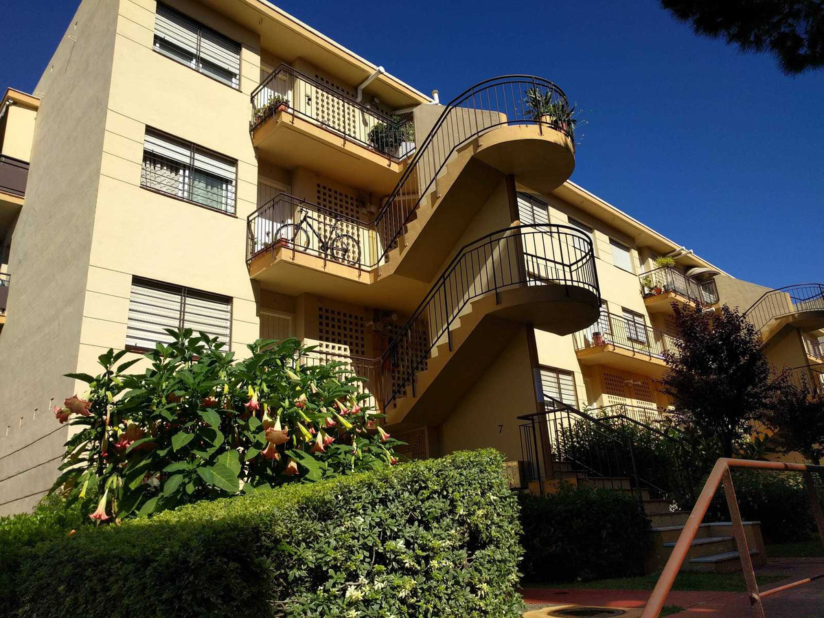 R3220591: Apartment in Marbella