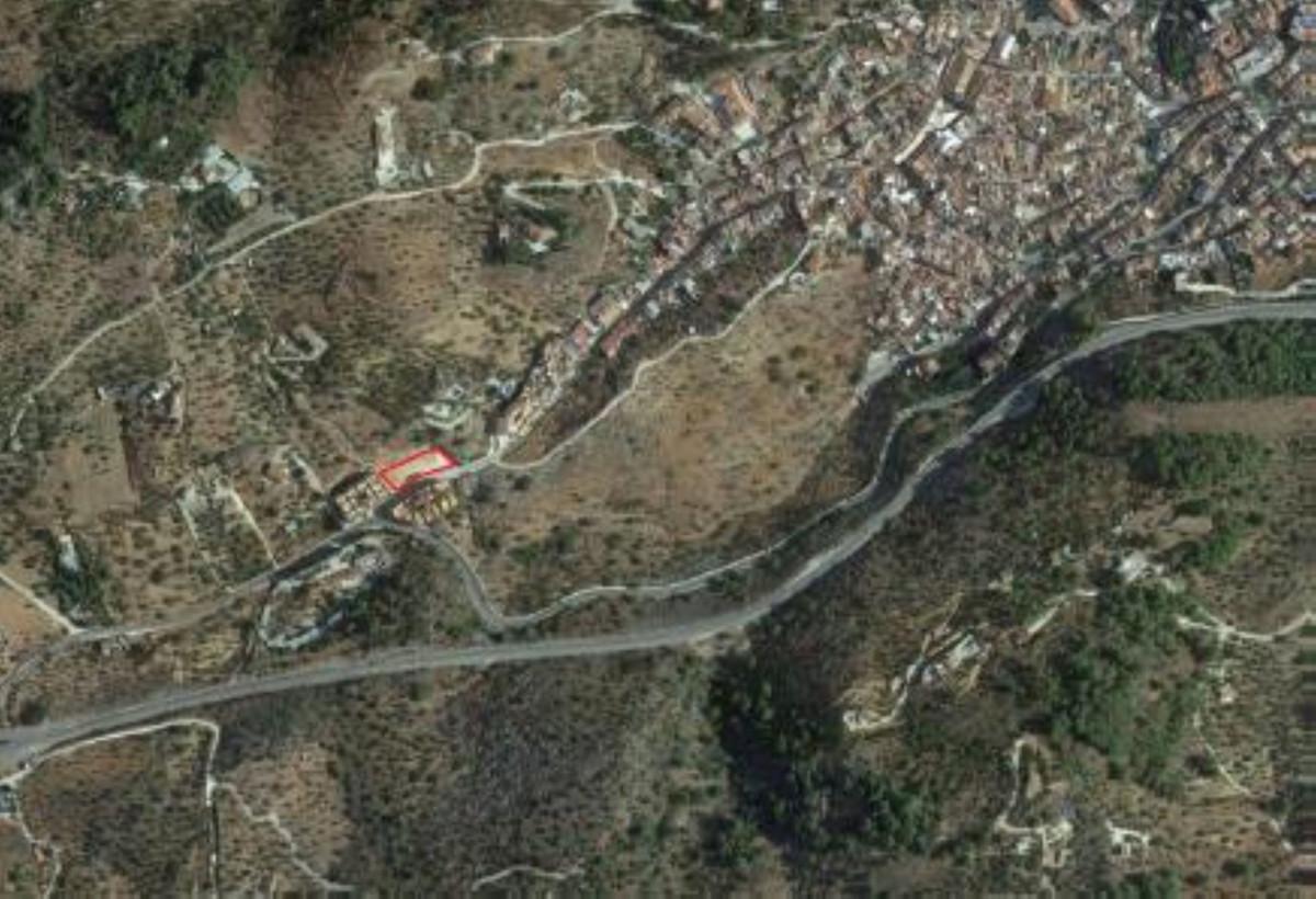 Residential Plot in Monda R3446332