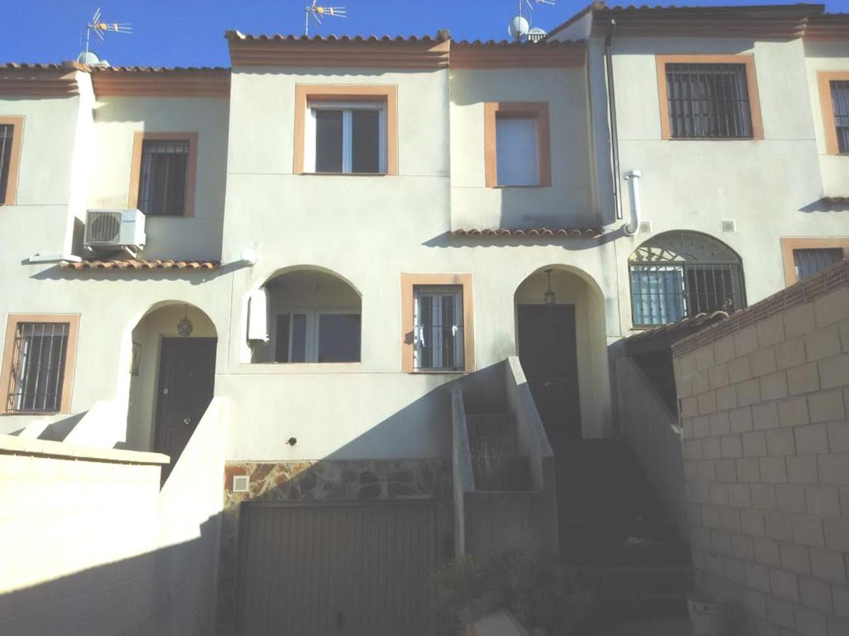 Townhouse for sale in Alhaurin de la Torre details