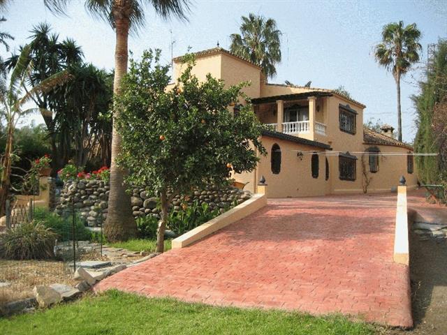 Villa for Sale in Estepona, Costa del Sol