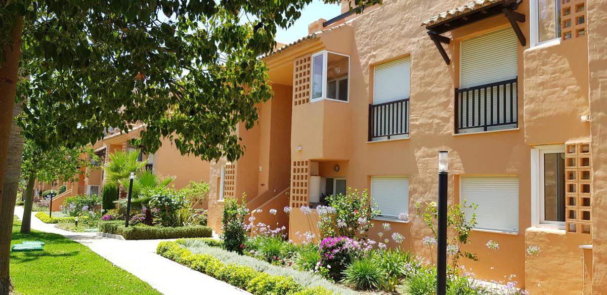 Property located in Casares del Sol, Costa del Sol. Bank repossession apartment of 76me built plus a,Spain