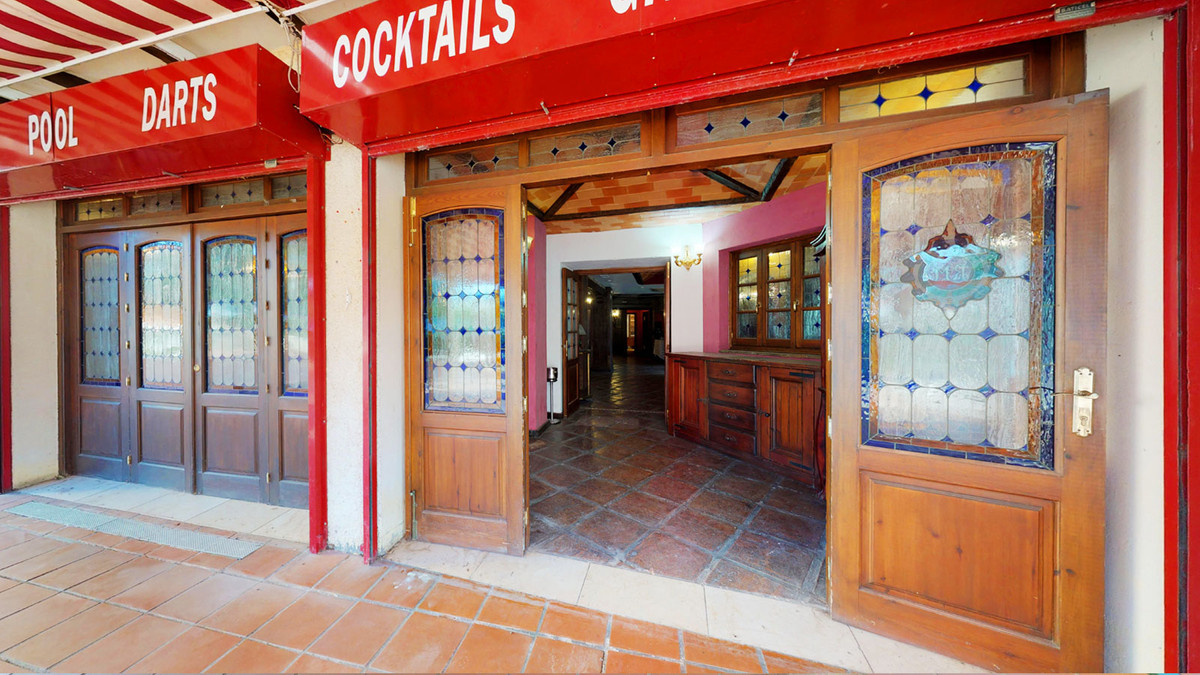 Commercial in Marbesa