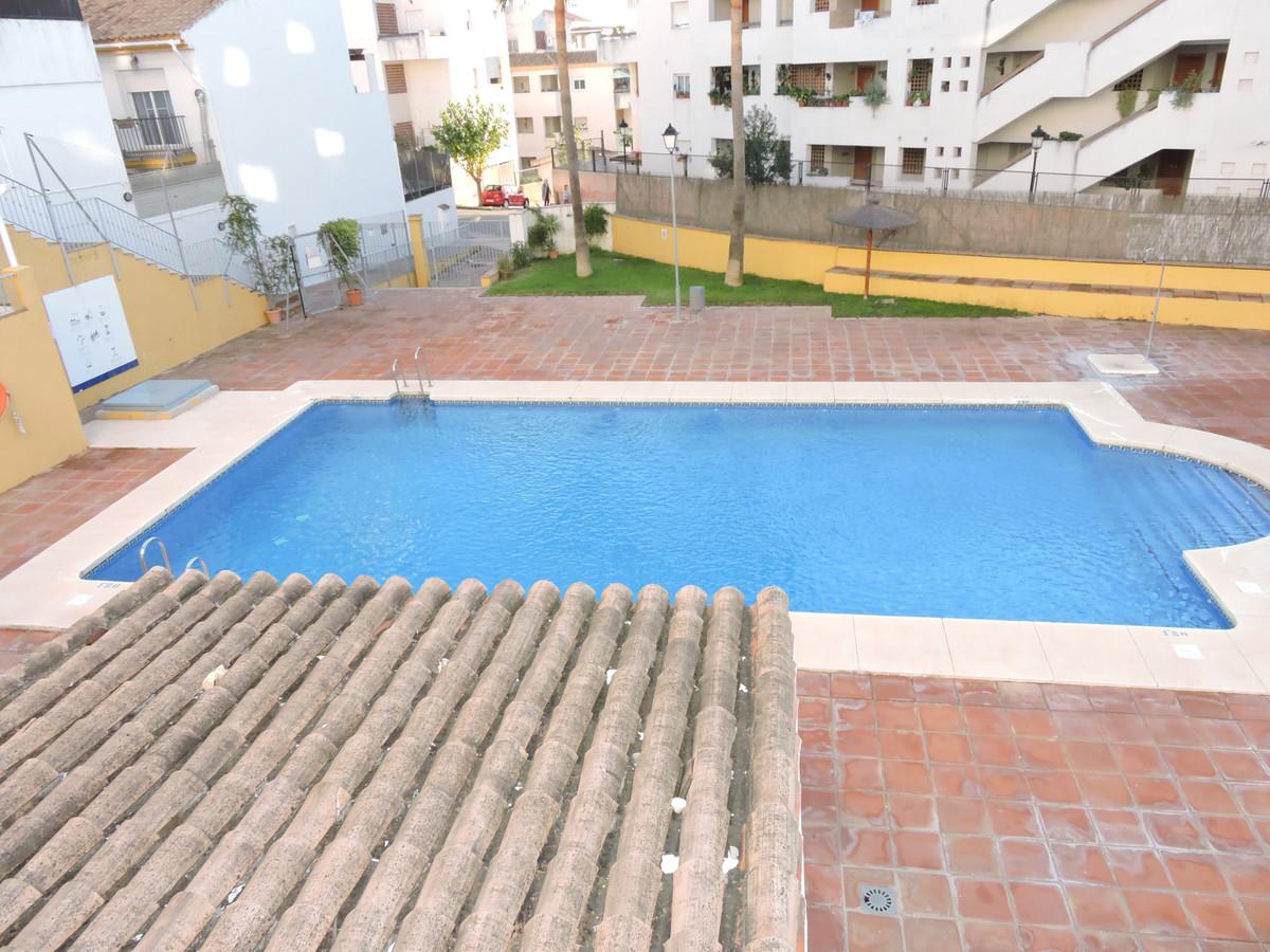 2 Bedroom Middle Floor Apartment For Sale Manilva, Costa del Sol - HP3784891