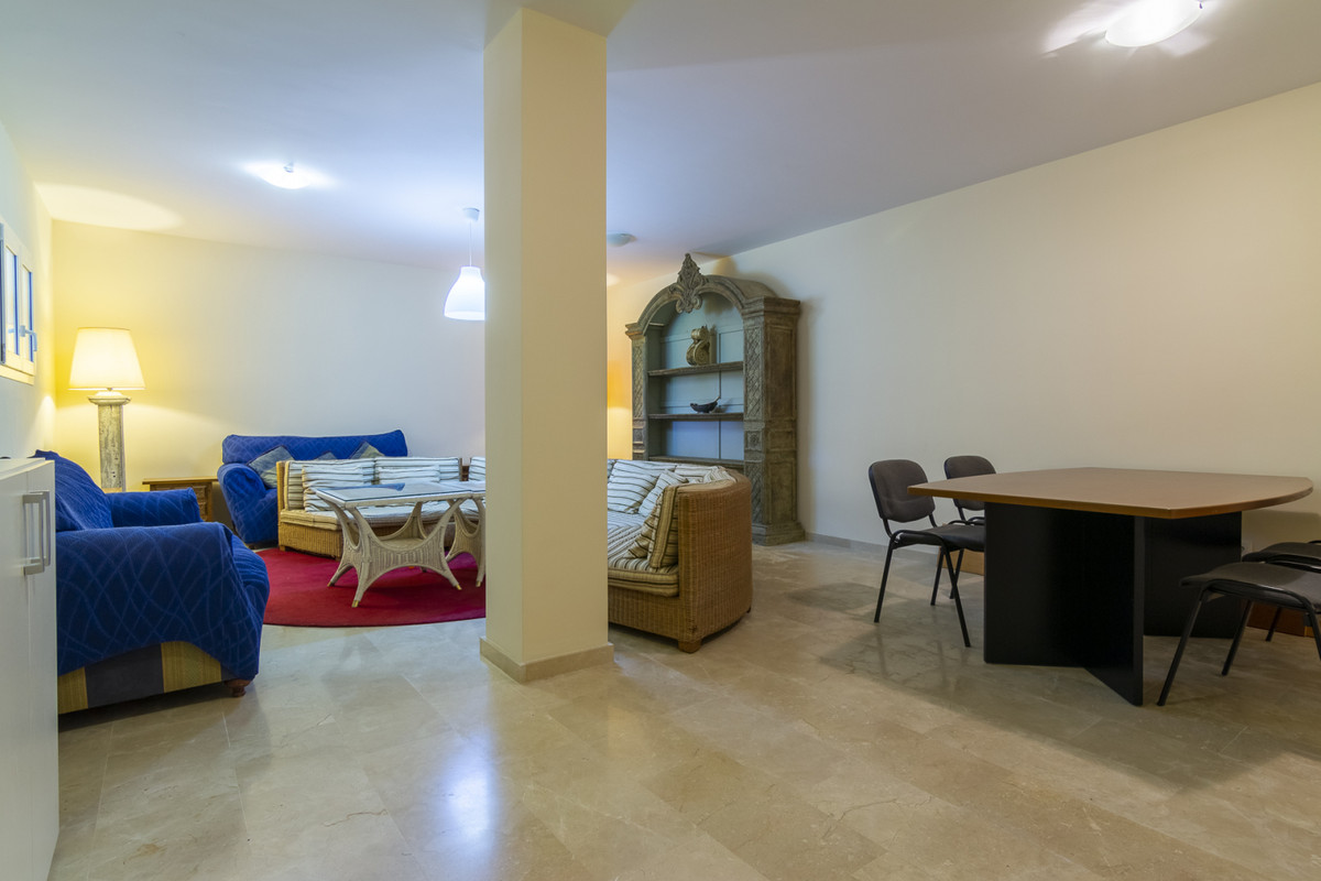 5 Bedroom Villa For Sale, Mijas
