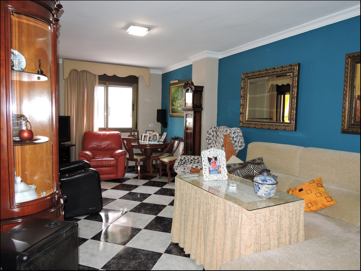 Fantastic three bedroom, two bathroom apartment in the center of Estepona. The property is about 30 ,Spain