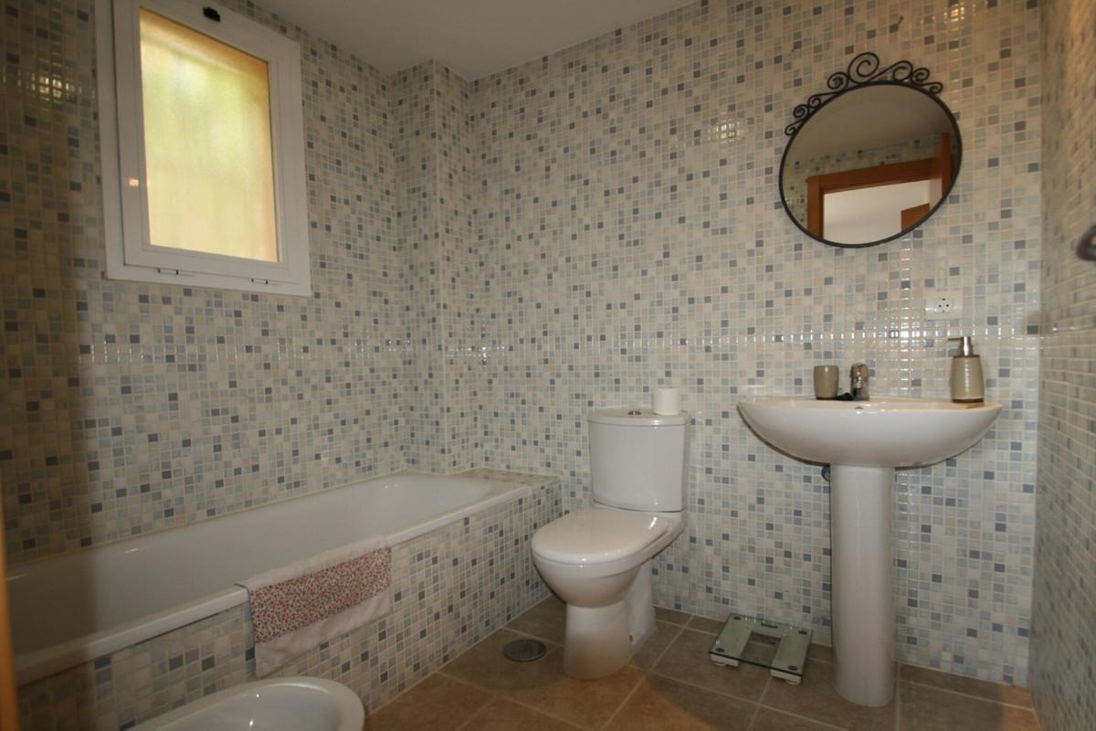 3 Bedroom Ground Floor Apartment For Sale Casares Playa