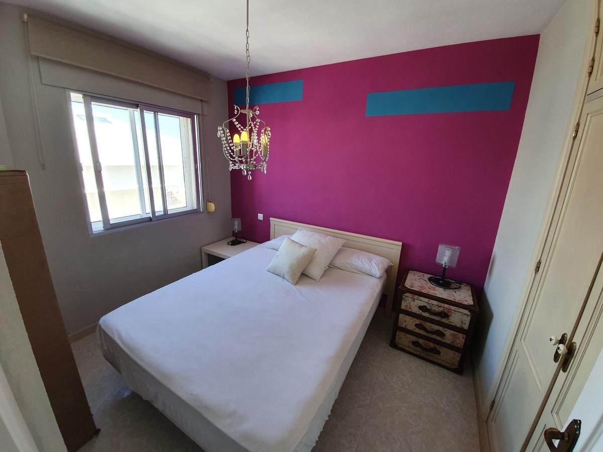 Apartamento  Ático en venta  y en alquiler   en San Luis de Sabinillas