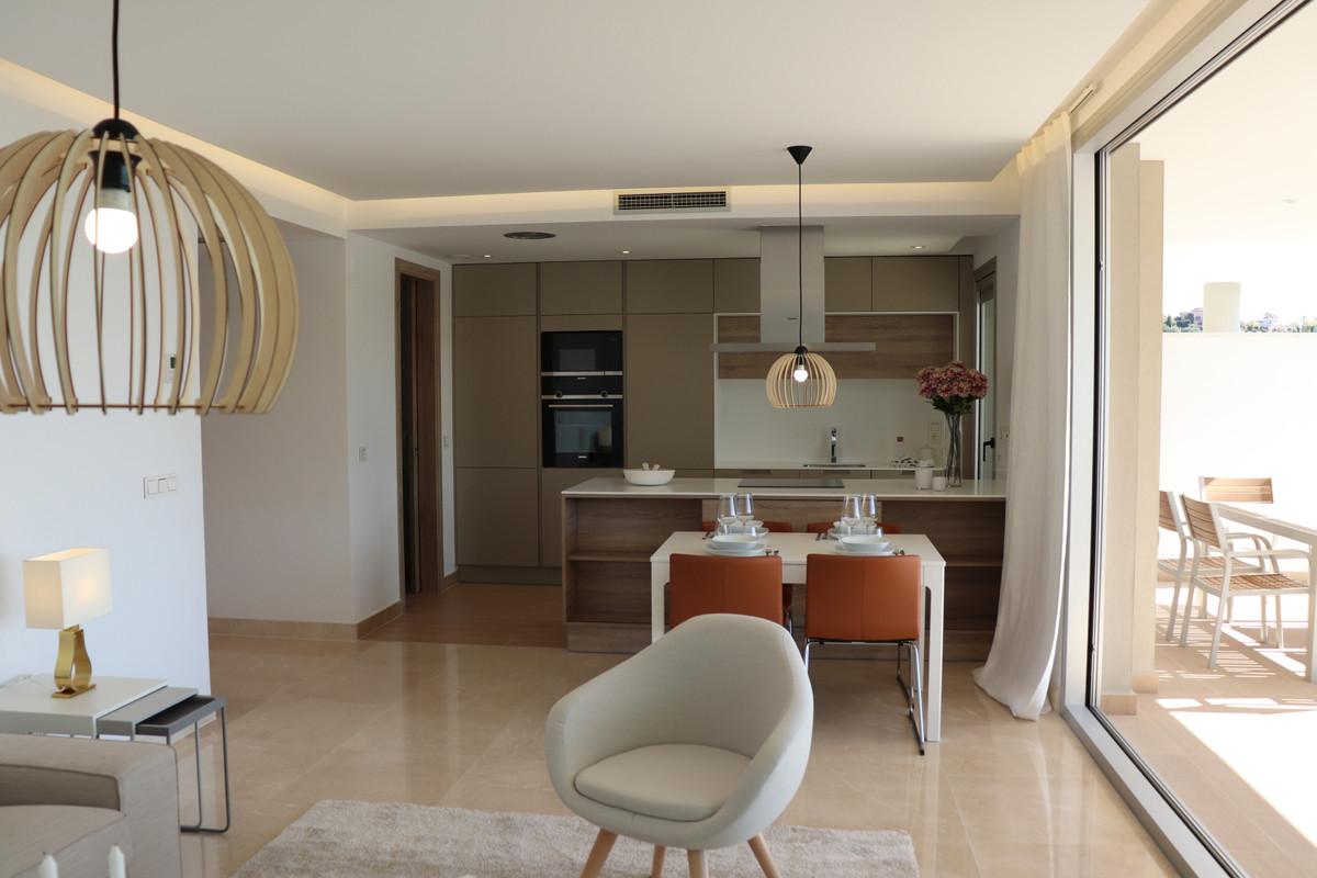 R3357889 Apartment Benahavís, Málaga, Costa del Sol