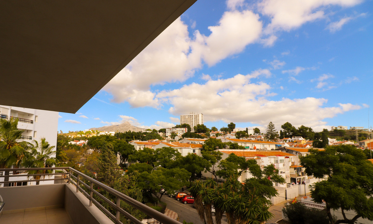 Apartamento Planta Media en venta en La Campana R3741220
