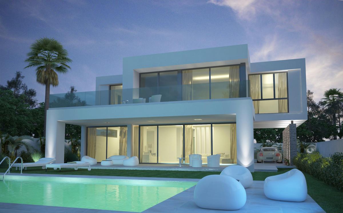 House in Nueva Andalucía R3335944 2