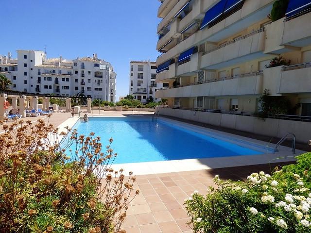 In the heart of Puerto Banus this 2 bed, 2 bath, 1st fl. large corner apartment in Marina Banus, vie,Spain
