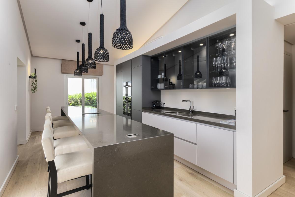 4 Bedroom Detached Villa For Sale Guadalmina Alta