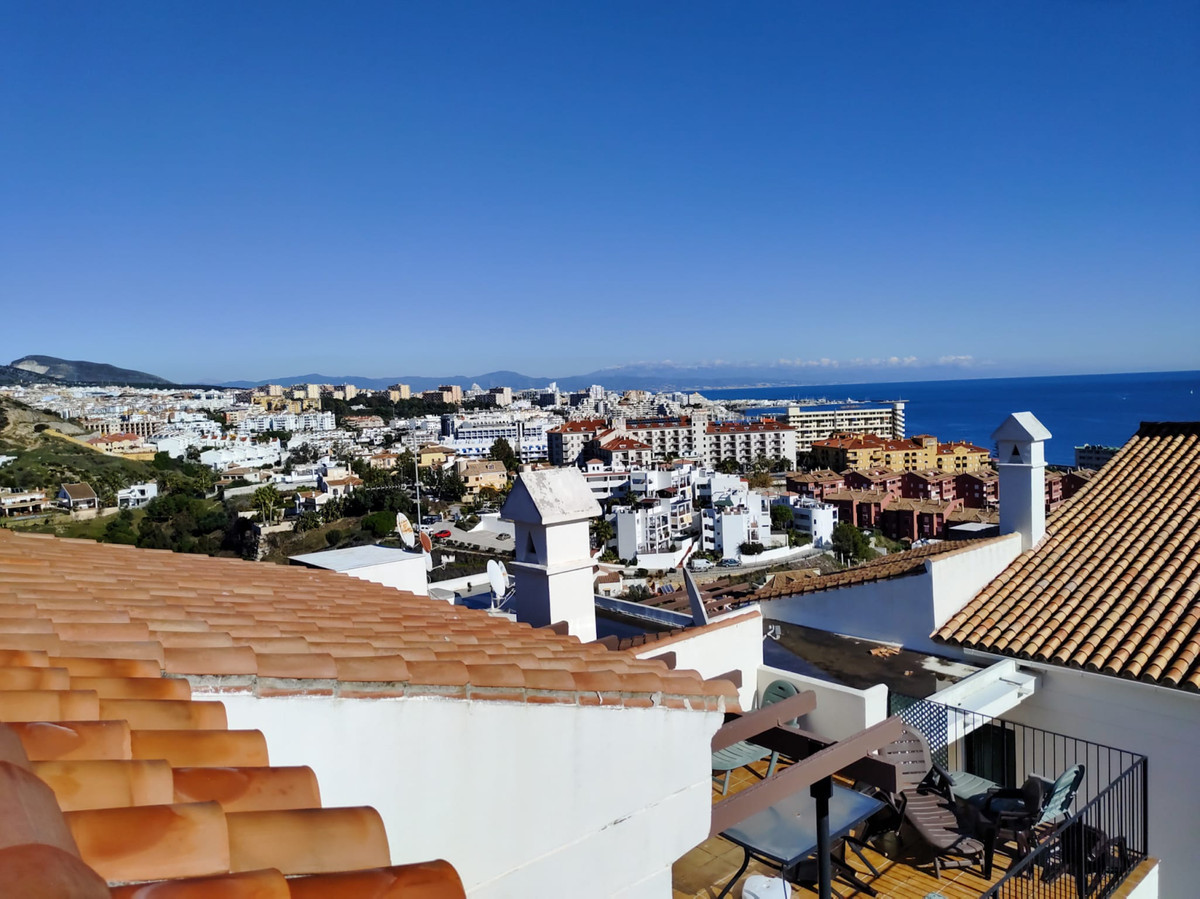 FANTASTIC THREE BEDROOM DUPLEX PENTHOUSE CLOSE TO THE BEACH IN BENALMADENA COSTA                    ,Spain