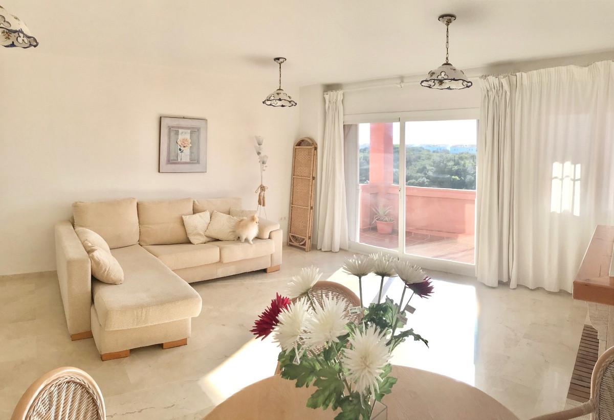 Penthouse, Mijas Costa, Costa del Sol. 2 Bedrooms, 2 Bathrooms, Built 132 m².  Setting : Close To Go,Spain
