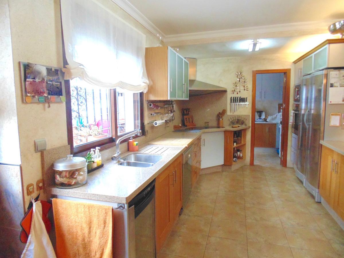 House in Arroyo de la Miel R3106340 10