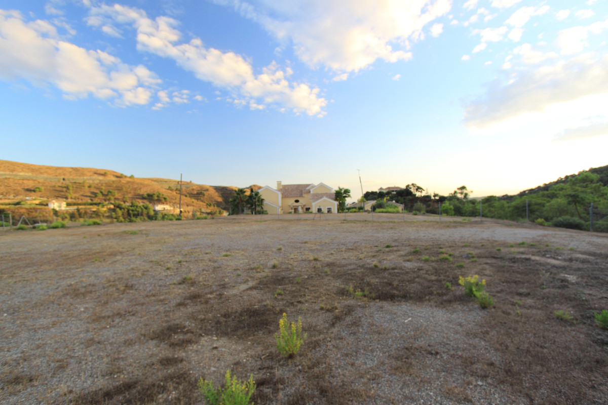 Wohngrundstück zu verkaufen in Benahavís R3849889