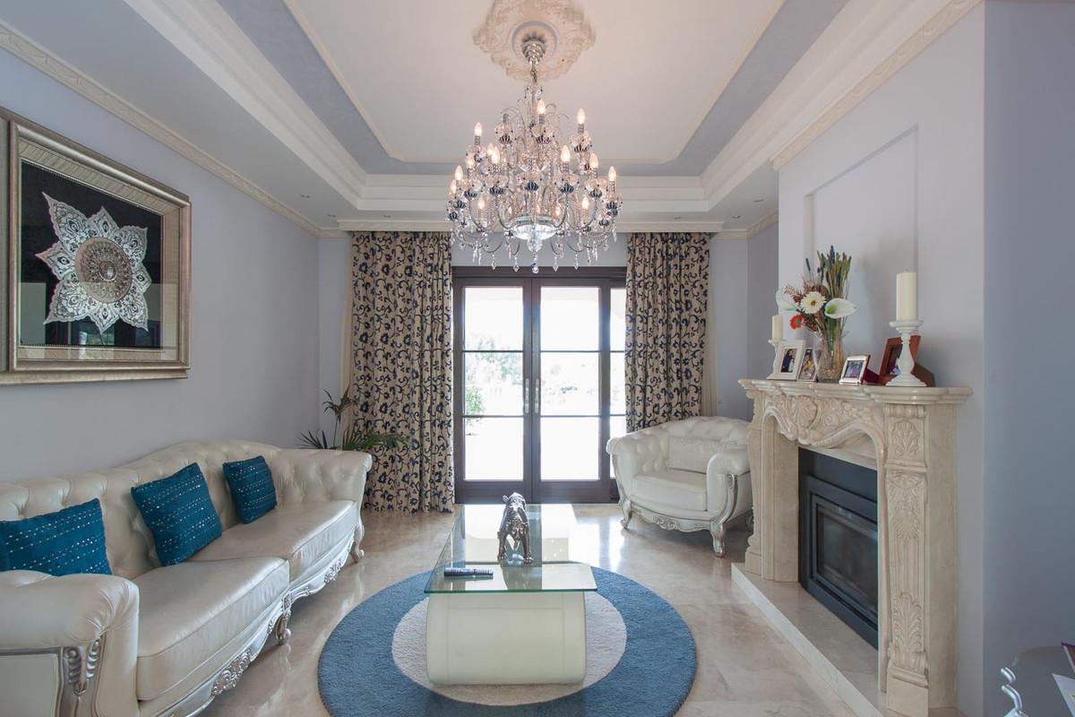 House in Benahavís R2538965 25