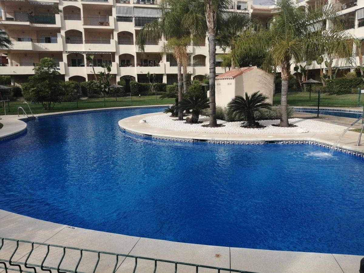 Middle Floor Apartment, Mijas, Costa del Sol. 2 Bedrooms, 2 Bathrooms, Built 108 m².  Setting : Clos,Spain