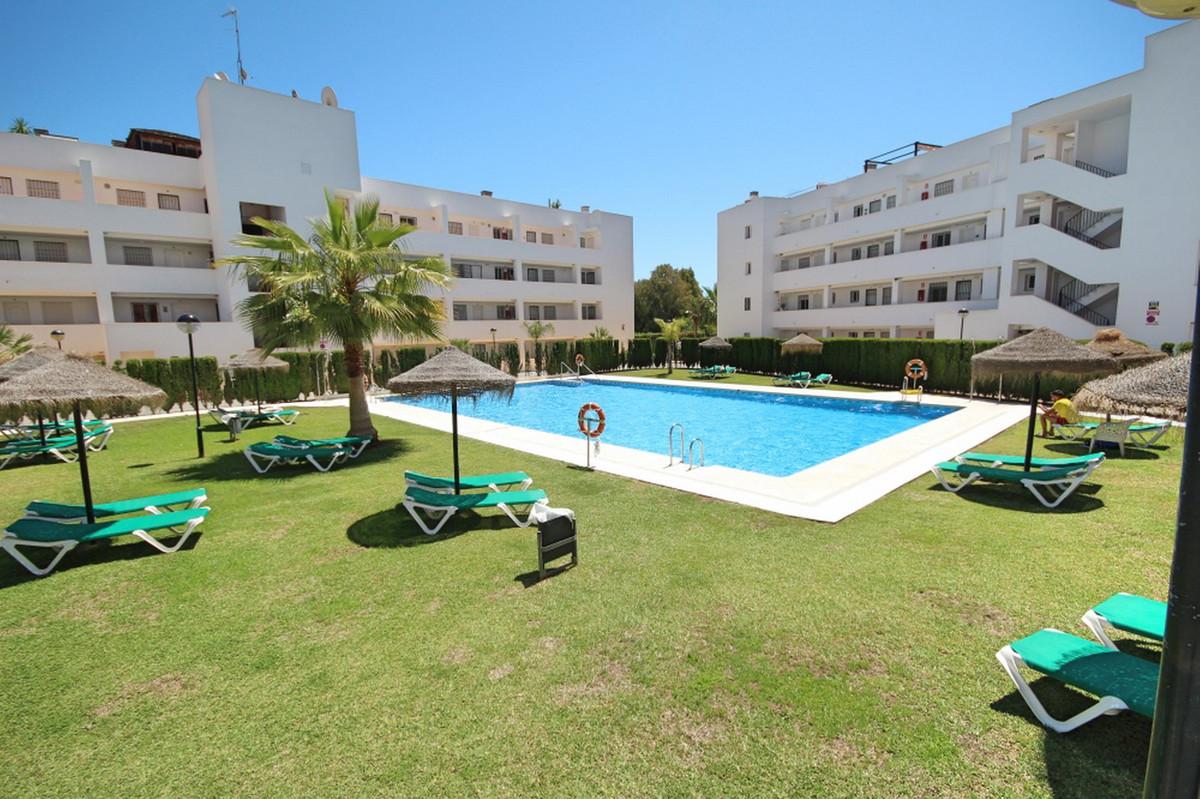 Middle Floor Apartment, Miraflores, Costa del Sol. 2 Bedrooms, 2 Bathrooms, Built 89 m².  Setting : ,Spain