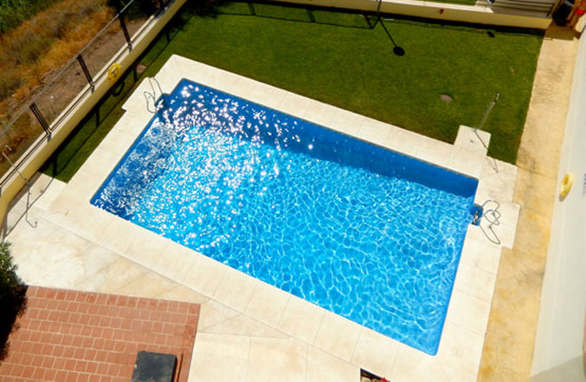 Ground Floor Apartment, Torreblanca, Costa del Sol. 2 Bedrooms, 2 Bathrooms, Built 151 m².  Setting ,Spain