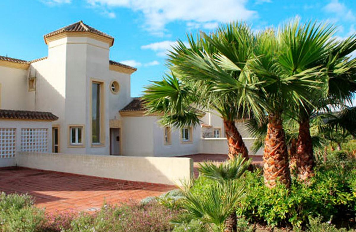 Middle Floor Apartment, San Roque Club, Costa del Sol. 2 Bedrooms, 2 Bathrooms, Built 188 m².  Setti,Spain