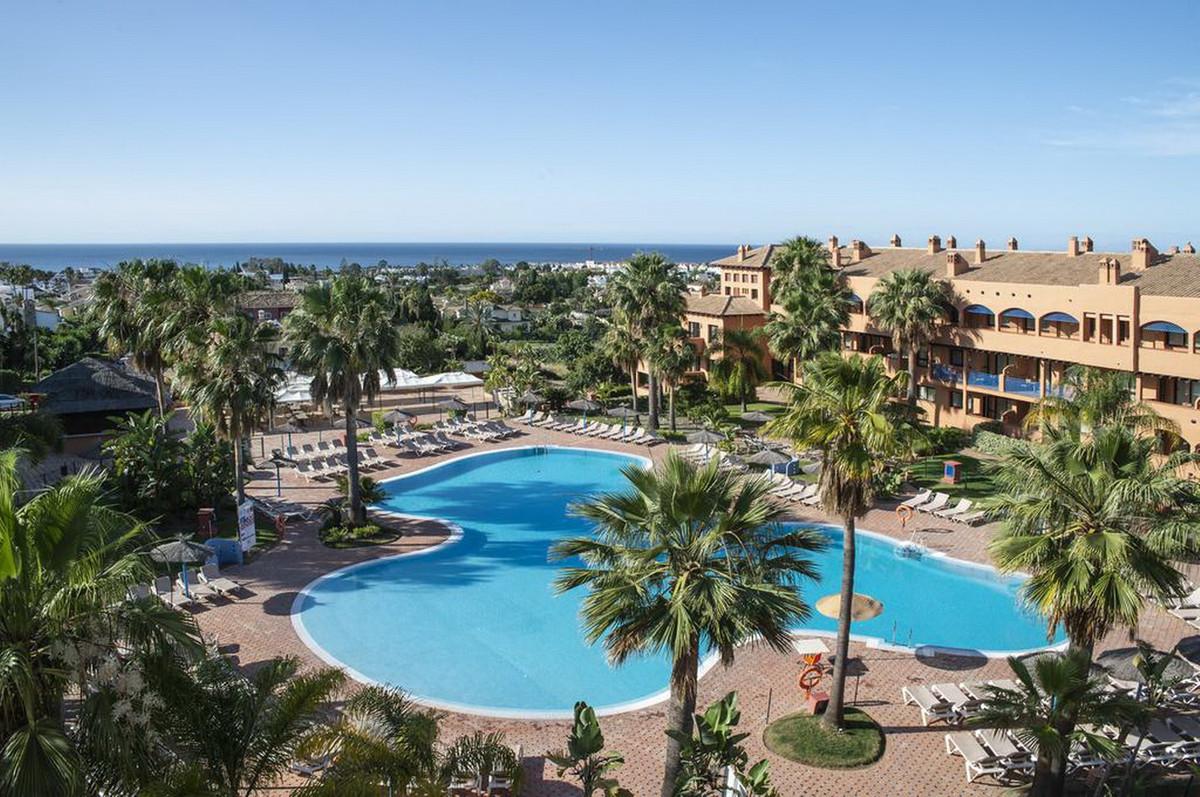 Apartment Middle Floor Bel Air Málaga Costa del Sol R3641279