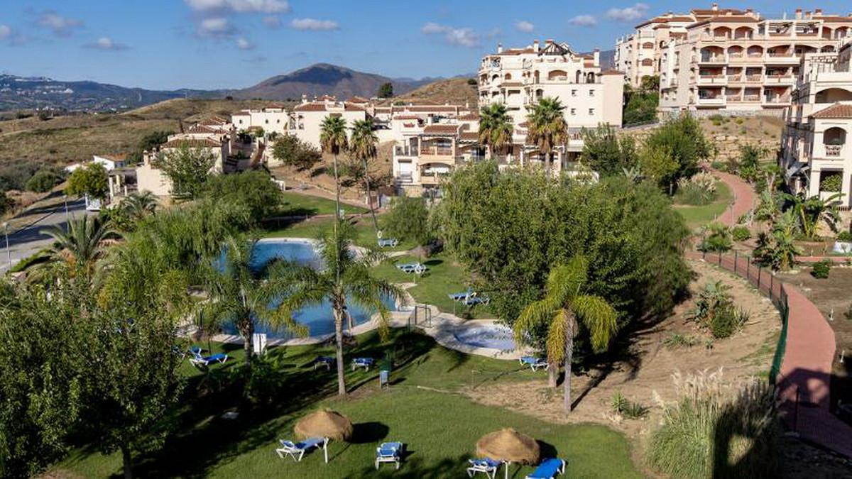 Ground Floor Apartment, Mijas Golf, Costa del Sol. 2 Bedrooms, 2 Bathrooms, Built 90 m².  Setting : ,Spain