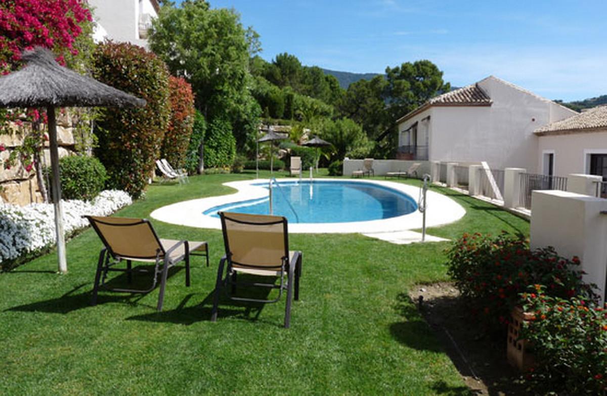 Townhouse, Benahavis, Costa del Sol. 4 Bedrooms, 3 Bathrooms, Built 208 m².  Setting : Mountain Pueb,Spain