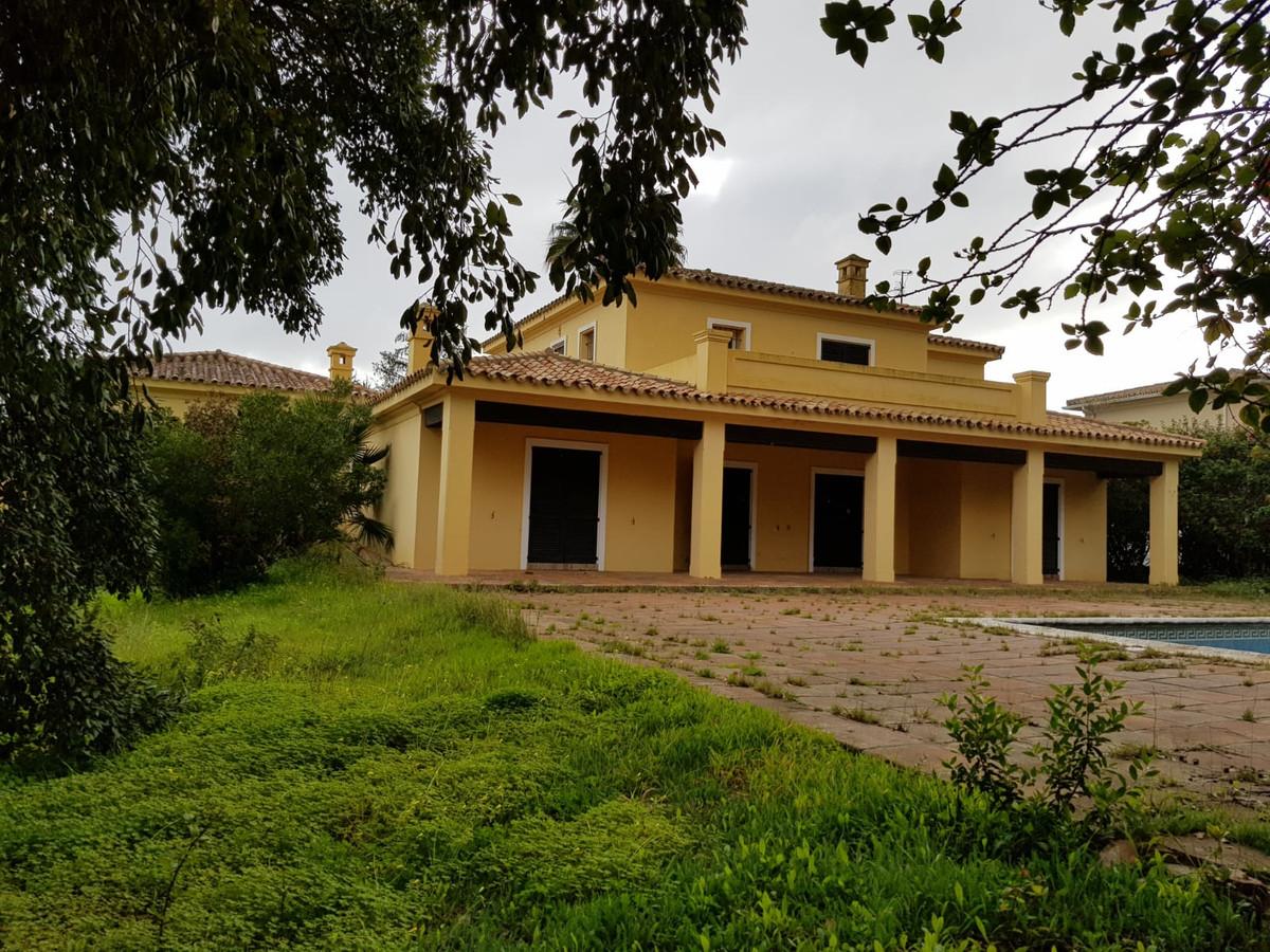 Villa for sale in San Roque Club