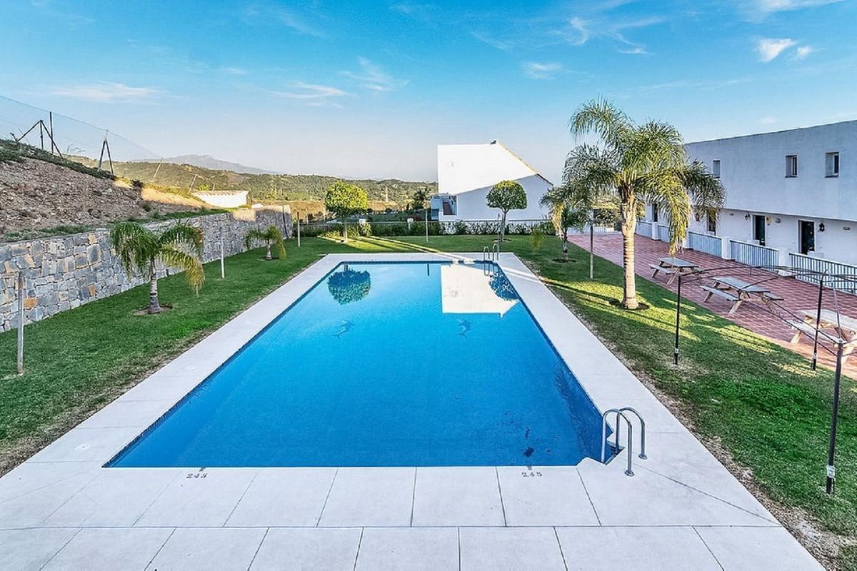 Apartment, Penthouse  for sale    en Estepona