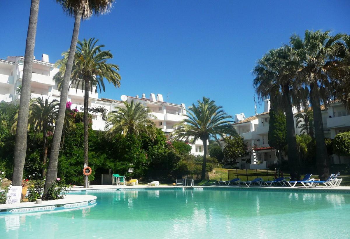 Ground Floor Apartment, Manilva, Costa del Sol. 2 Bedrooms, 2 Bathrooms, Built 79 m².  Setting : Clo,Spain