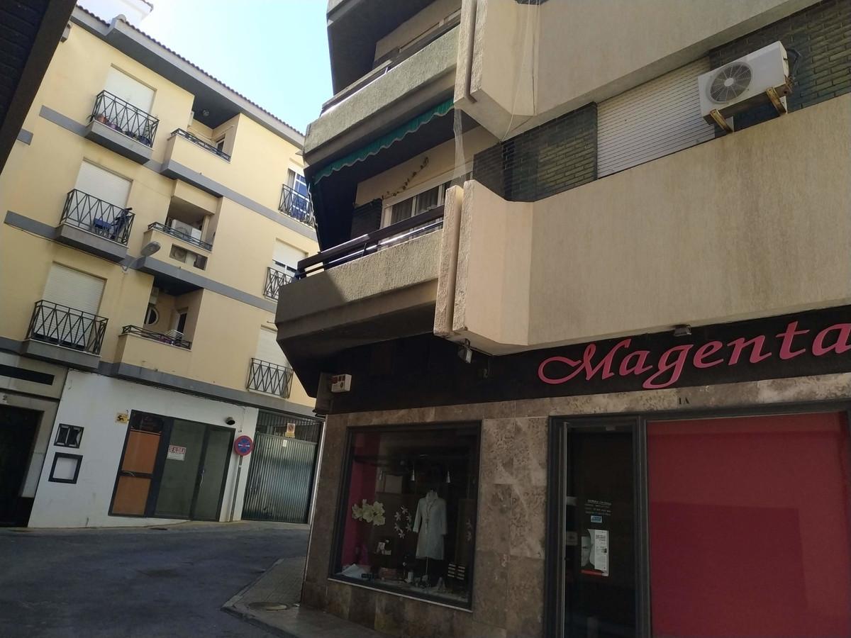 Middle Floor Apartment, Motril, Costa Tropical. 4 Bedrooms, 2 Bathrooms, Built 120 m².  Setting : Cl,Spain