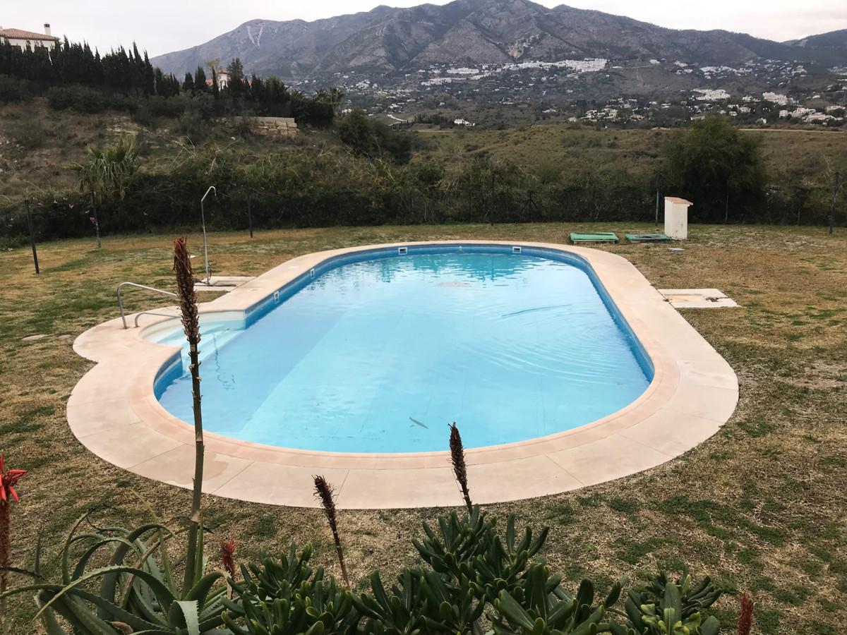 Middle Floor Apartment, Mijas, Costa del Sol. 3 Bedrooms, 2 Bathrooms, Built 112 m².  Setting : Clos,Spain