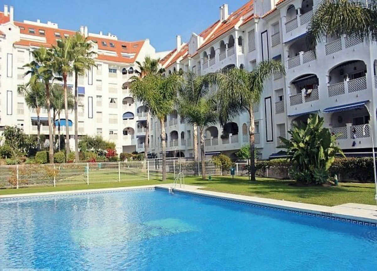 Ground Floor Apartment, San Pedro de Alcantara, Costa del Sol. 3 Bedrooms, 2 Bathrooms, Built 135 m²,Spain