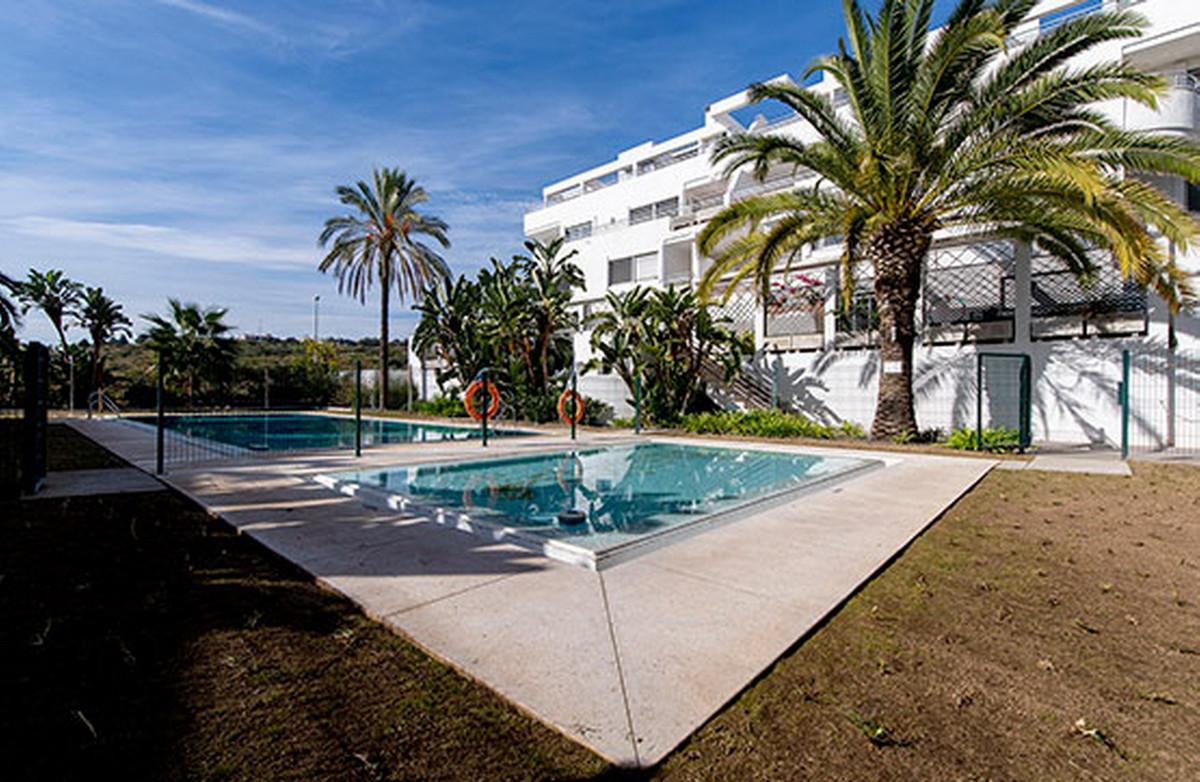 Ground Floor Apartment, Mijas, Costa del Sol. 2 Bedrooms, 2 Bathrooms, Built 162 m².  Setting : Clos,Spain