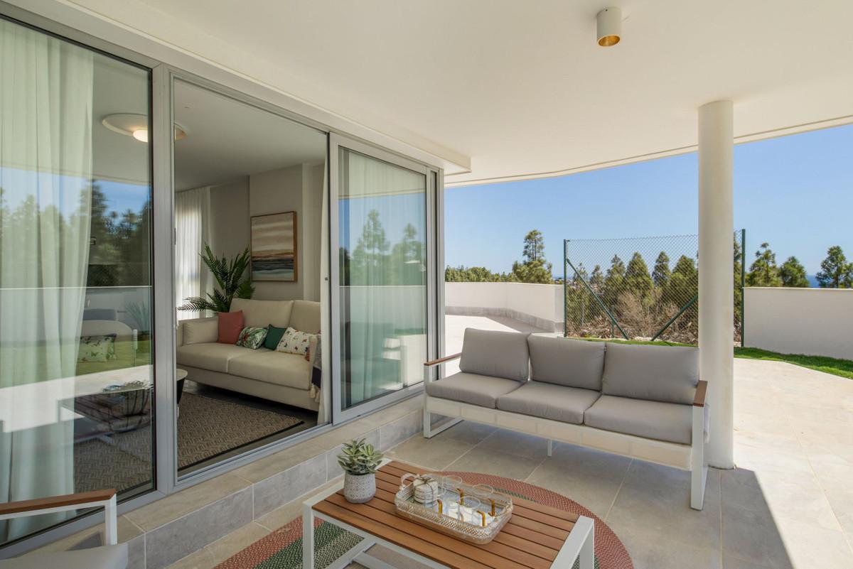 Apartment in Mijas Costa R3297082 10