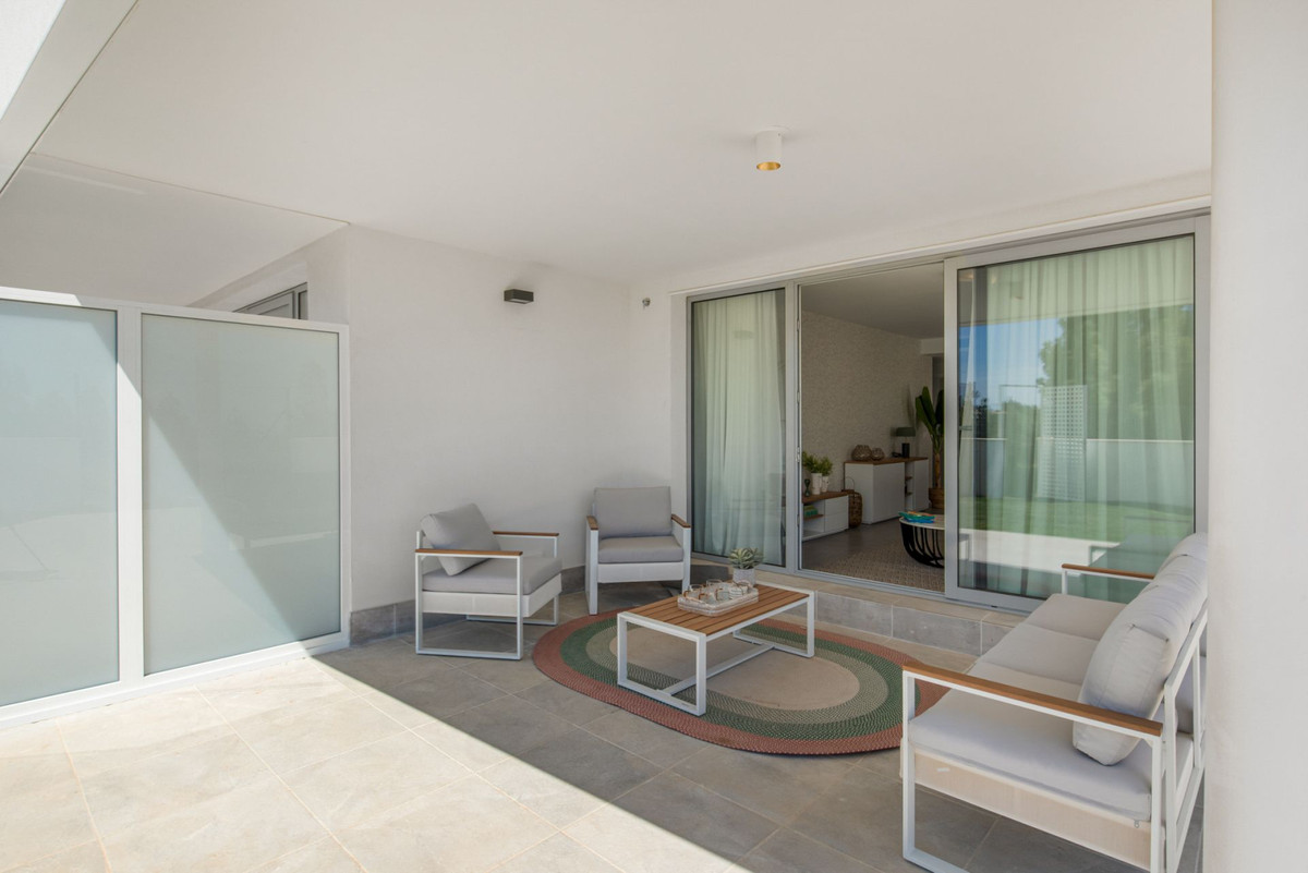Apartment in Mijas Costa R3297082 8