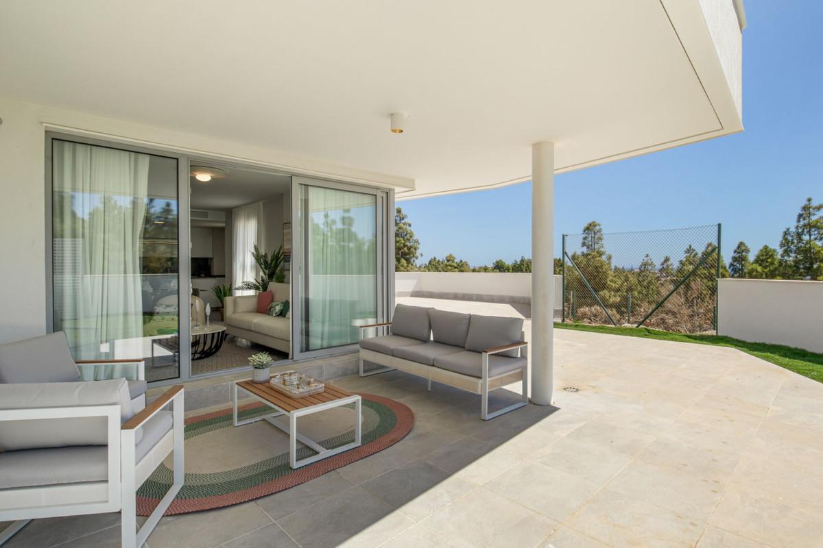 Apartment in Mijas Costa R3297082 9